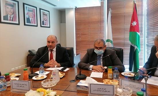 العودات يلتقي رئيس وأعضاء غرفة تجارة الأردن