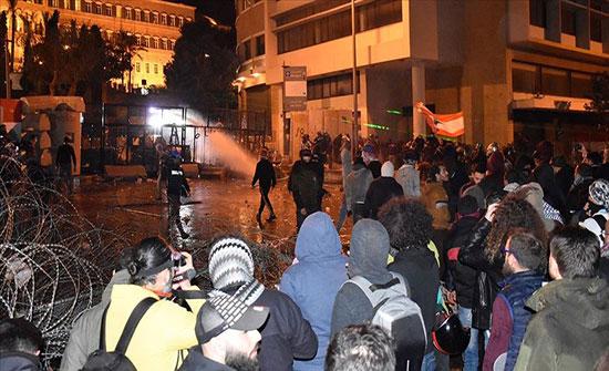 بيروت في هدوء بعد مواجهات بين قوات الأمن ومحتجين