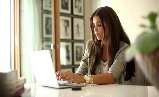 تقرير: 7 آلاف أردنية يعملن في البنوك