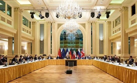 أجواء توتر تخيّم على جولة مفاوضات مرتقبة حول نووي إيران