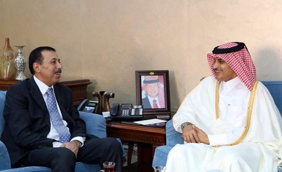وزير التربية والتعليم يلتقي السفير القطري بعمان
