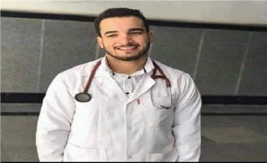 مقتل طبيب وموظف واصابة 4 على يد مريض نفسي بمصر
