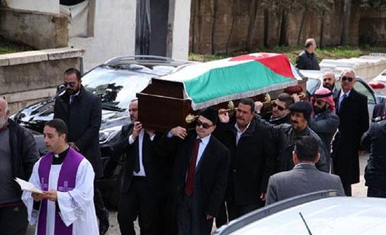 بالفيديو : تشييع جثمان الفنان المشيني