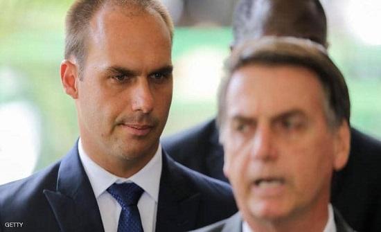 طبخت الهمبرغر.. هكذا برر ابن رئيس البرازيل ترشيحه سفيرا بواشنطن