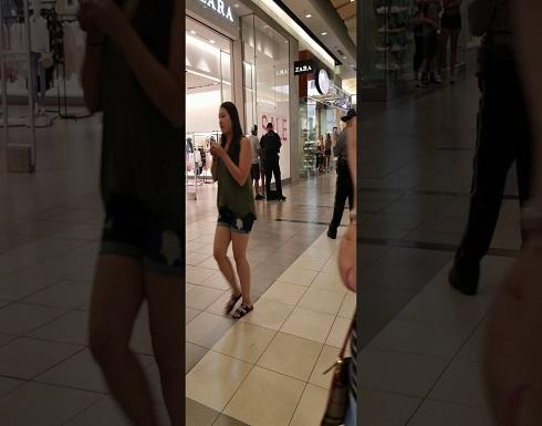 بالفيديو: نهاية مروعة لفتاة حاولت سرقة متجر ملابس