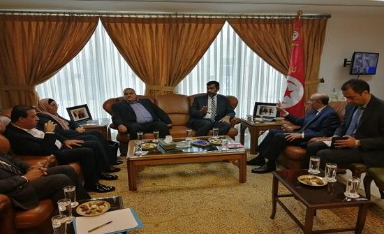 """""""إدارية النواب"""" تلتقي السفير التونسي.. مصور"""