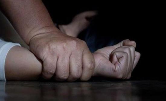 فتاة مصرية تذبح شاباً حاول اغتصابها... ادّعت موافقتها وتحايلت عليه!