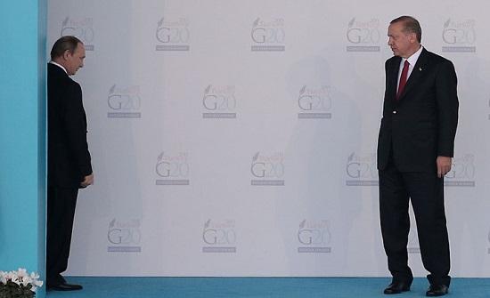 صحيفة: سوريا تضع العلاقات بين أنقرة وموسكو على مفترق طرق