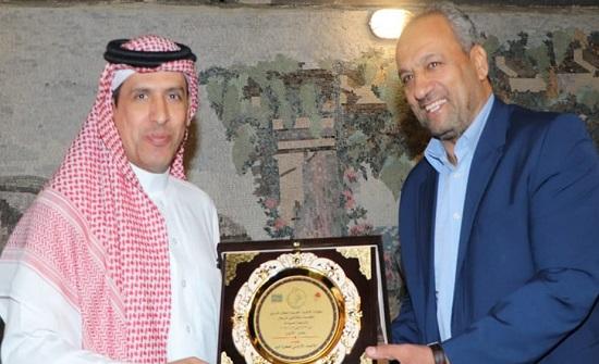 اتحاد اليد يحتفي بالوفود المشاركة في البطولة العربية