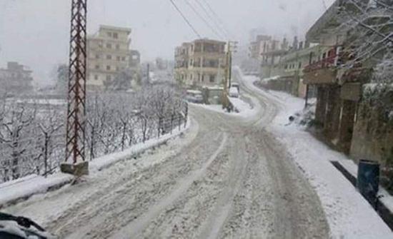 مرتفعات الكورة تشهد تساقطا للثلوج