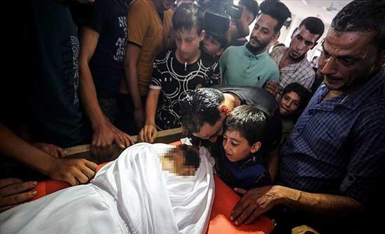 غزة.. تشييع جثمان طفل استشهد برصاص إسرائيلي