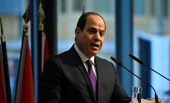 السيسي: جيش مصر قادر على حماية أمنها داخل الحدود وخارجها