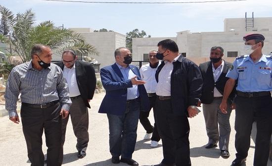 وزير الزراعة يطلع على إنجازات مركز دير علا للبحوث
