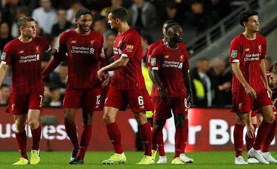 """ليفربول يهزم أرسنال في """"مباراة مجنونة"""" بكأس الرابطة (شاهد)"""