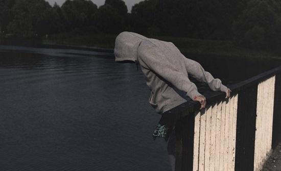 دراسة صادمة.. 50% من الشباب تراودهم أفكار انتحارية