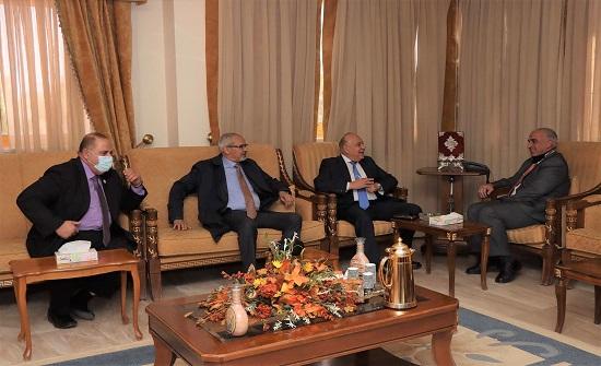 أمين عام إتحاد الجامعات العربية يزور جامعة الحسين بن طلال
