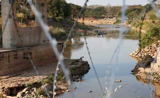 جيش ميانمار يشن غارات جوية على قرية محاذية للحدود مع تايلاند