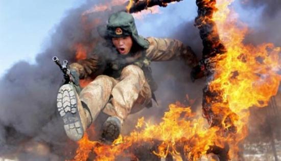 بالصور… أغرب التدريبات العسكرية حول العالم