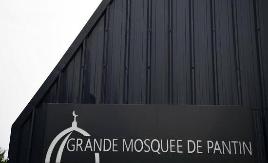"""فرنسا تعلن الحرب ضد التطرف.. حل جمعية """"إخوانية"""" وإغلاق مسجد"""