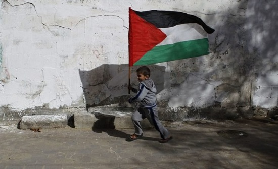 سلطات الاحتلال تخالف القرارات الدولية وتعتقل نحو 400 طفل منذ بداية العام