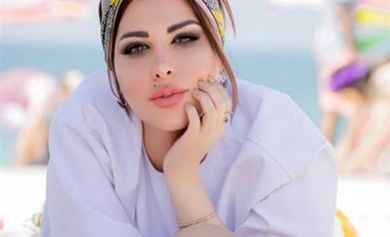 بـ تاتو جناحات على ظهرها.. شمس الكويتية تتألق بإطلالة ساحرة .. شاهد