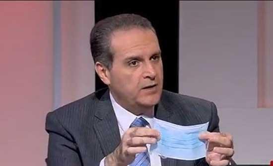الهواري يرد على العرموطي : تصريحي القديم عن ارتداء الكمامة كانت له ظروفه