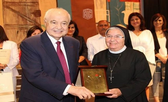 أبوغزاله يرعى حفل تكريم الطالبات المتفوقات لمدرسة كلية راهبات وردية الشميساني