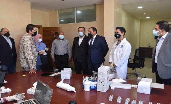 حملة للتطعيم ضد كورونا بمنطقة شرق عمان الصناعية