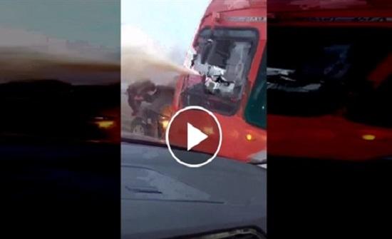 شجار بين رجل إطفاء وسائق سيارة (فيديو)