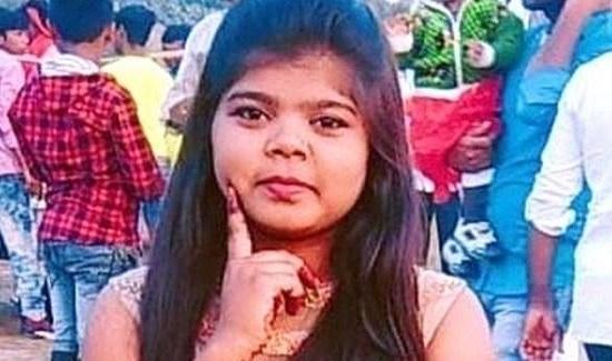 الهند : فتاة تُضرب حتى الموت بسبب ارتدائها سروال جينز