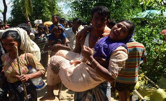 بنغلاديش تحظر على مسلمي الروهينغيا استخدام الهواتف