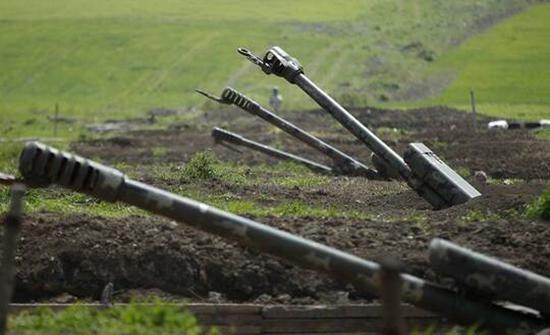 بالفيديو : أذربيجان تعلن تدمير نقطة للجيش الأرمني وسط استمرار التوتر على الحدود