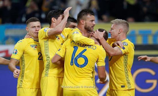 بالصور: أوكرانيا تتأهل لليورو بإسقاط البرتغال في حضرة رونالدو