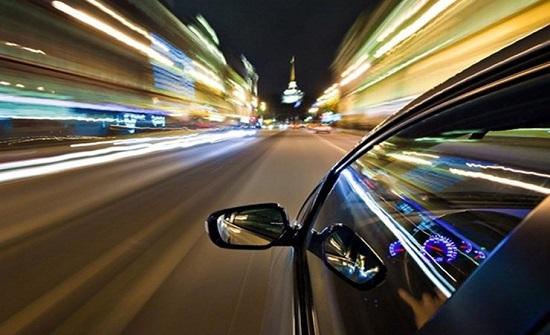 أخطاء شائعة يرتكبها الرجال تضر بصحتهم منها القيادة بسرعة