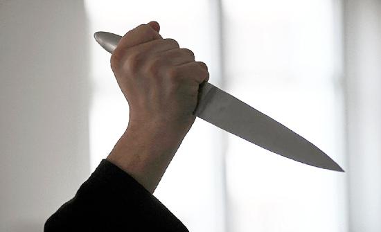 حدث يقتل والدته  بـ30 طعنه في العاصمة عمان