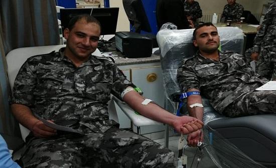 قوات الدرك تنفذ حملة للتبرع بالدم لصالح مستشفى معان الحكومي
