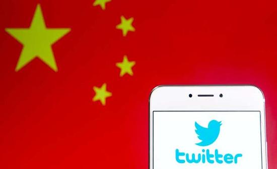 تويتر تجد نفسها في قلب معركة سياسية في هونغ كونغ
