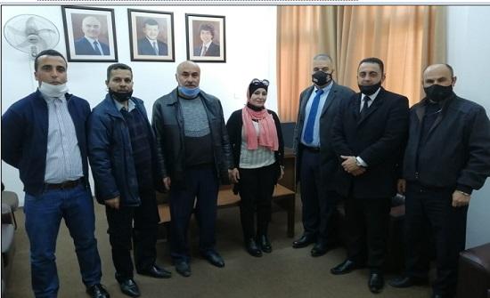 رئيس جامعة إربد الأهلية يواصل جولاته التفقدية لمباني الجامعة