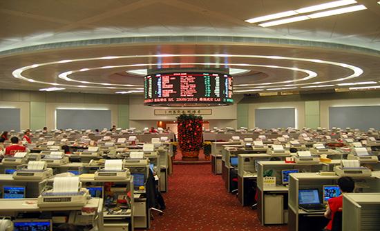 بورصة هونغ كونغ تقدم عرضا لشراء بورصة لندن