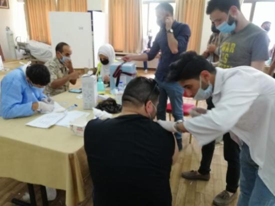 """فيديو  : """"فايزرز"""" يحدث ازمة بمركز مدينة الحسن باربد"""