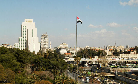 """لجنتا """"الصليب"""" و""""الهلال"""" الأحمرين: السوريون يواجهون صعوبة غير مسبوقة في توفير الطعام والوقود"""