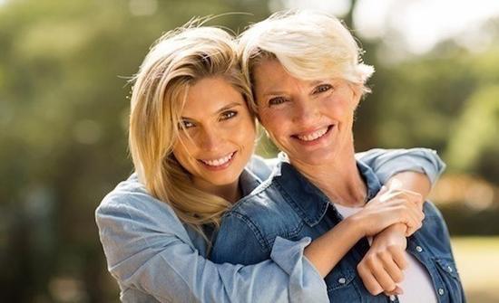 5 حالات صحية يمكنك أن ترثها من أمك منها سرطان الثدي