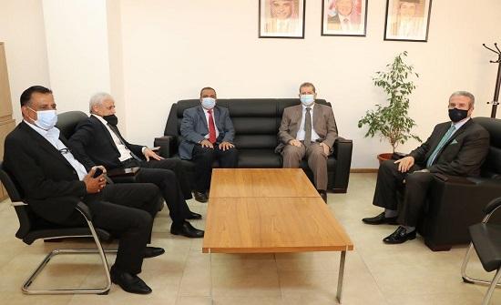 """اتفاقية تعاون بين """"عمان العربية"""" وجمعية المتقاعدين العسكريين"""