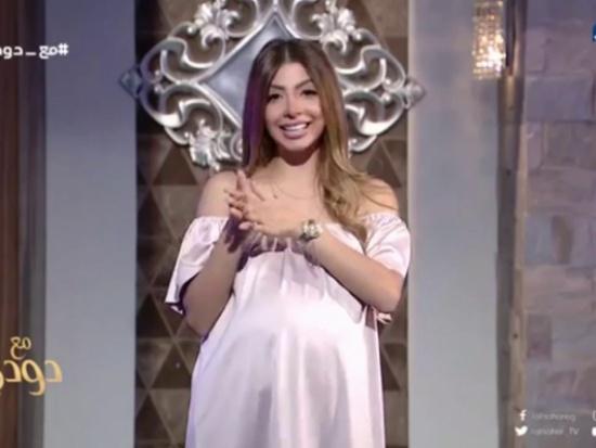 """محكمة مصرية تبرىء دعاء صلاح في قضية الـ """"سنجل مازر"""" """" فيديو """""""
