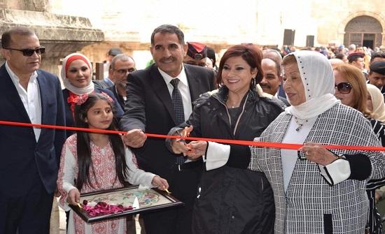 وزيرة السياحة تفتتح متحف الحياة الشعبية بالمدرج الروماني