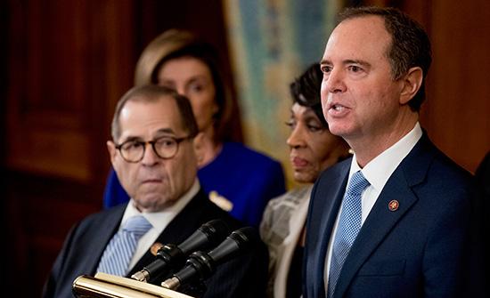 رئيس لجنة استخبارات الكونجرس: ترامب مذنب بإساءة استخدام سلطة مكتبه