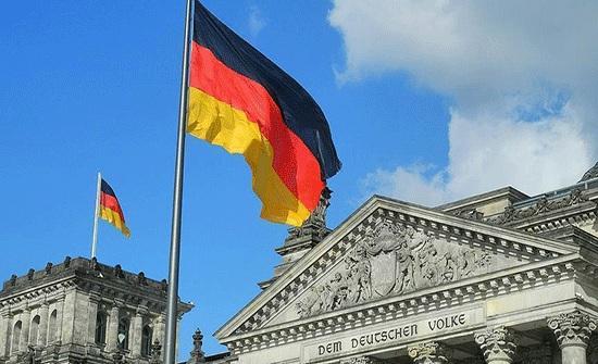 ألمانيا: 10 وفيات و5587 إصابة جديدة بكورونا