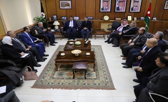 وفد من المجلس الأعلى لحقوق الأشخاص ذوي الإعاقة يزور اليرموك