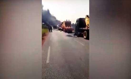 هجوم مسلح للمرة الثانية يستهدف شاحنات قادمة من المغرب شمال مالي .. بالفيديو