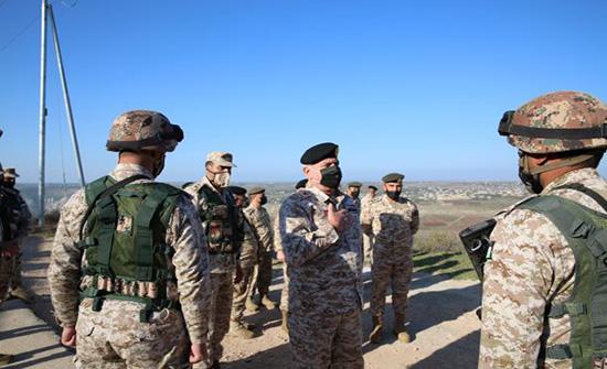 رئيس الأركان: القوات المسلحة مستمرة بدعم وحدات حرس الحدود